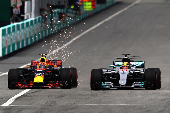 Max Verstappen fór fram úr Lewis Hamilton snemma í keppninni og sá fáa eftir það.
