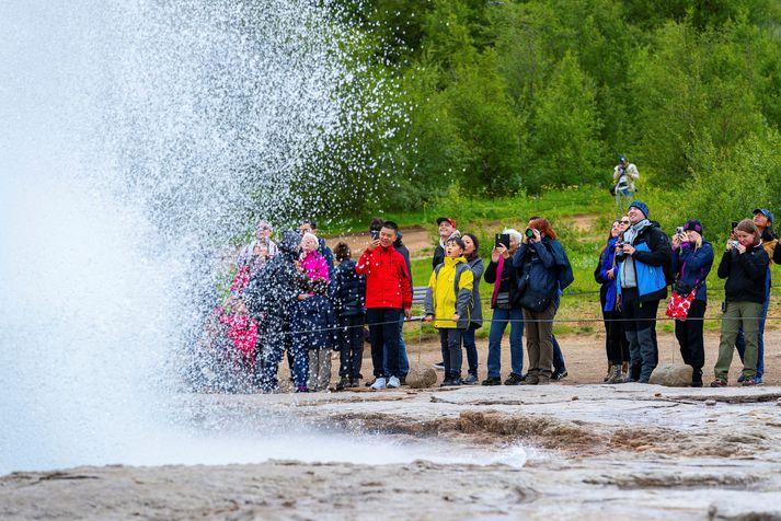 Ríkissjóður hefur greitt um átta milljarðar króna í launagreiðslur starfsmanna ferðaþjónustufyrirtækja á uppsagnarfresti.