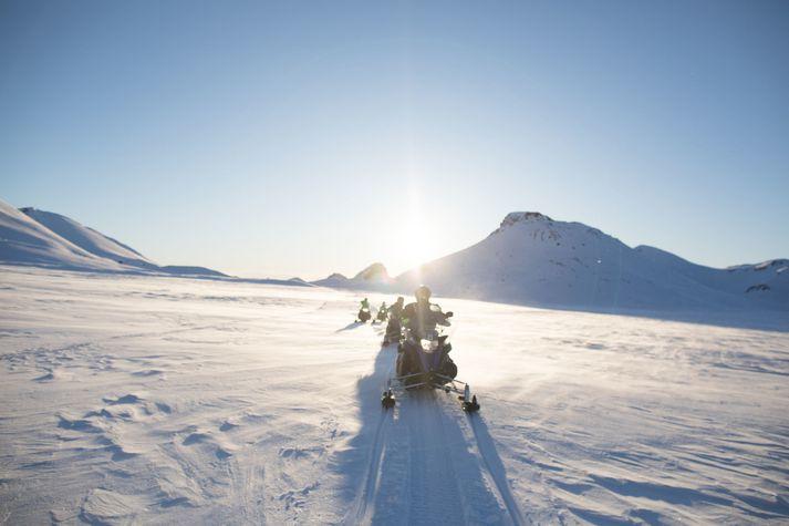 Mountaineers of Iceland bjóða spennandi ferðir um Langjökul.