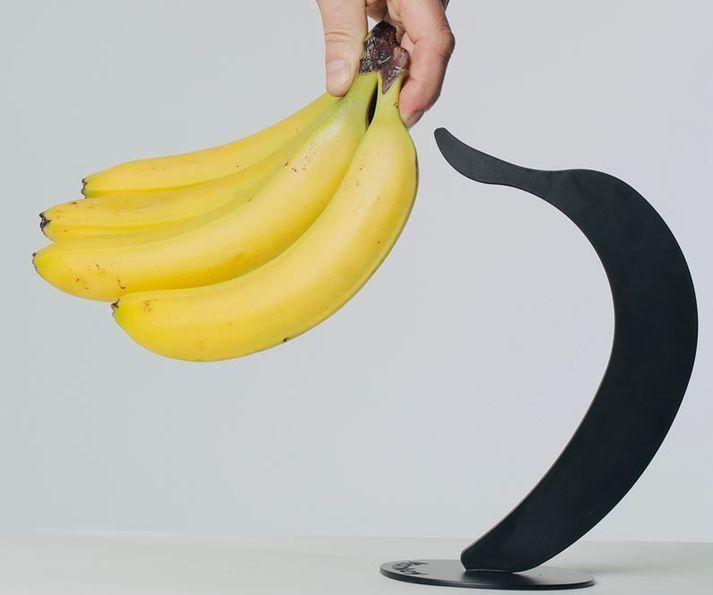 Bananstandur er fyrsta vara á markað frá hönnunar- og framleiðslufyrirtækinu Monkeybusiness.