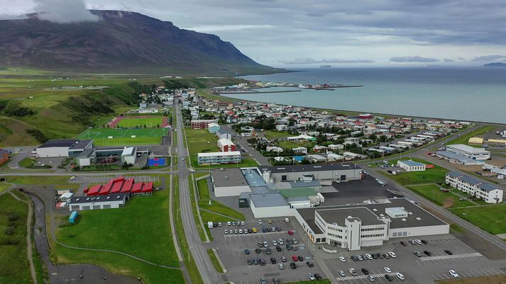 Tindastóll stendur norðan við Sauðárkrók.