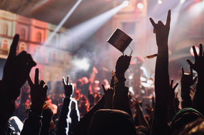 Ticketmaster hefur oft verið umdeilt og átti meðal annars í útistöðum við rokksveitina Pearl Jam á tímabili.