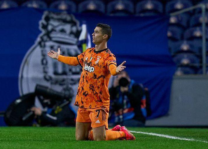 Ronaldo ekki sáttur í kvöld. Hann komst ekki á blað, aldrei slíku vant í Meistaradeildinni.
