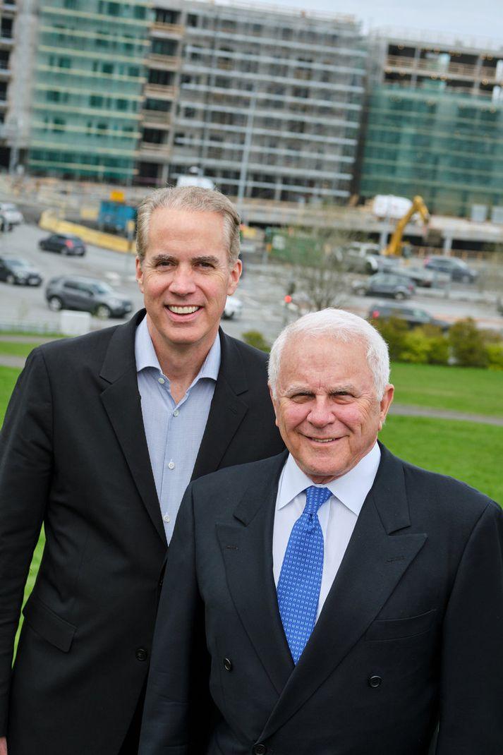 Daniel Flannery og Richard L. Friedman eru aðalsprauturnar bak við byggingu Edition-hótelsins.
