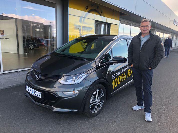 Pétur Lár fékk afnot af Opel Ampera-e en hann var sannspárri en hinir þúsund lesendurnir sem spreyttu sig.