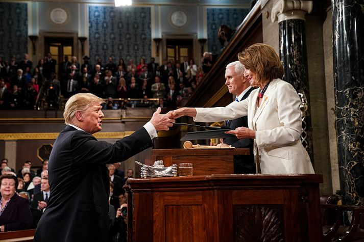Nancy Pelosi og Donald Trump.