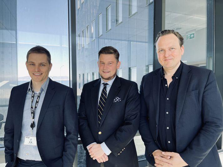 F.v.Guðjón Vilhjálmsson, forstöðumaður heilbrigðislausna hjá Origo, Arnar Freyr Reynisson, framkvæmdastjóri Lumina Medical Solutions, og Steingrímur Árnason, forstöðumaður tækniþróunar Lumina Medical Solutions.