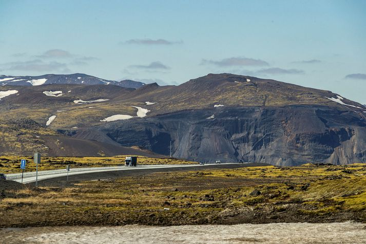 Frá Hellisheiði ofan við Kambana.
