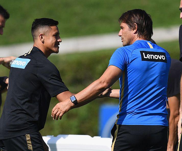 Sanchez og Conte á góðri stundu.