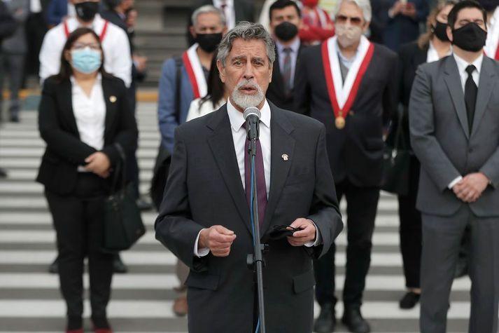 Hinn 76 ára Francisco Sagasti er nýr forseti Perú.