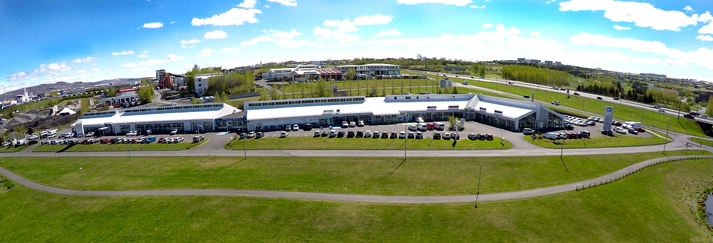 Bílar frá Hyundai, Renault, Dacia, Subaru, Nissan, BMW og Jaguar eru nú á lagertiltektarverði.