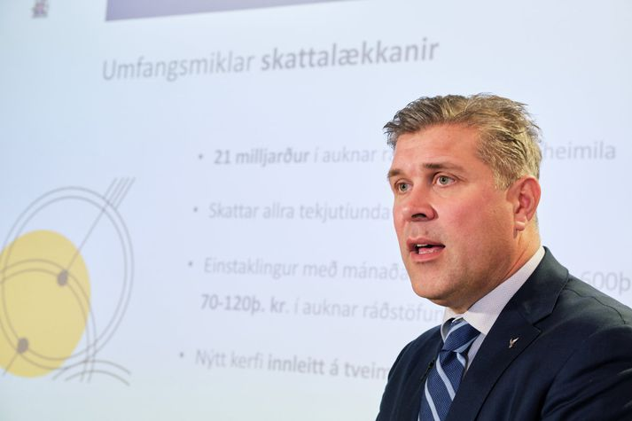 Bjarni Benediktsson kynnti frumvarp til fjárlaga í gær