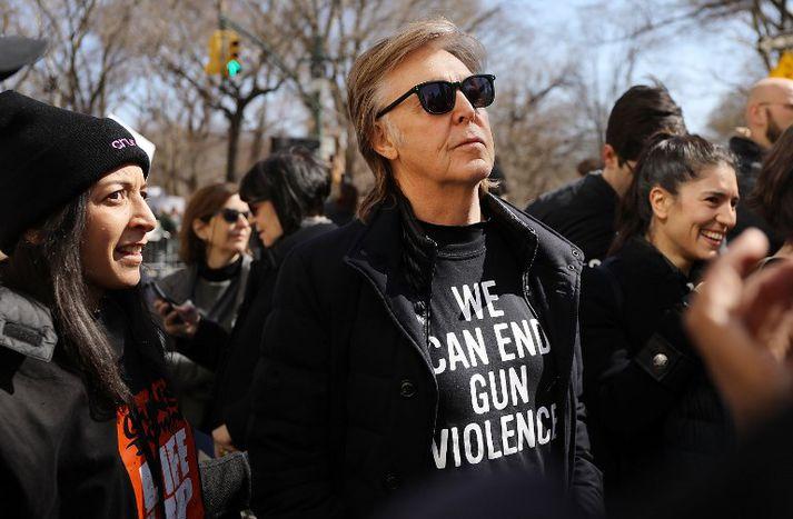 McCartney missti vin sinn John Lennon í skotárás fyrir tæpum fjörutíu árum.