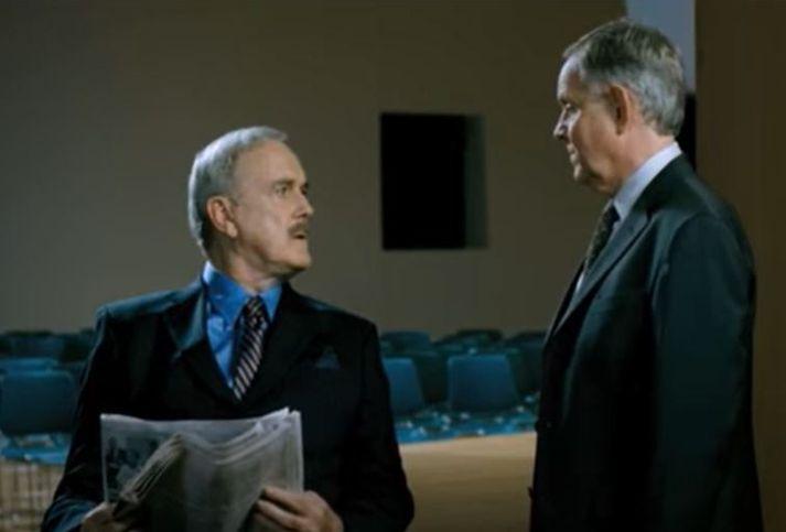 John Cleese og Randver voru fastagestir á sjónvarpsskjám landsmanna.