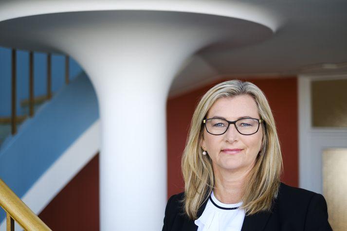 Alma D. Möller, landlæknir.