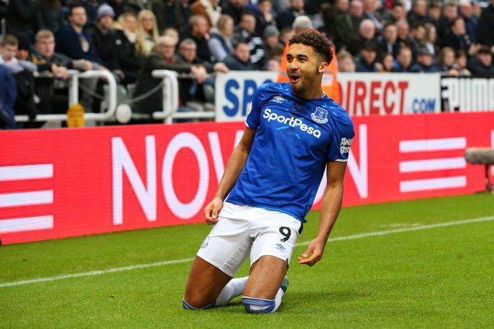 Calvert-Lewin skoraði bæði mörk Everton gegn Newcastle.