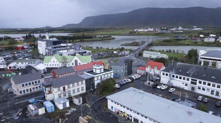 Hér sést hringtorgið á Selfossi sem bæjaryfirvöld vilja skoða breytingar á.