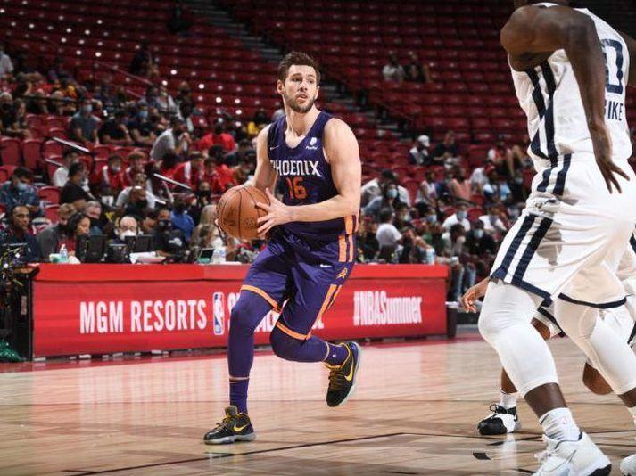 Jón Axel í leik með Phoenix Suns í sumardeild NBA körfuboltans.