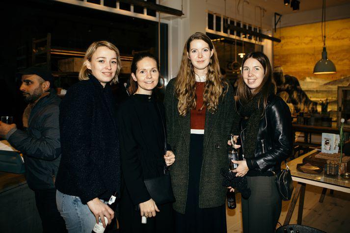 Aðalheiður Erlendsdóttir, Lilja Erlendsdóttir, Hanna María Heiðarsdóttir og Rúna Sigurðardóttir
