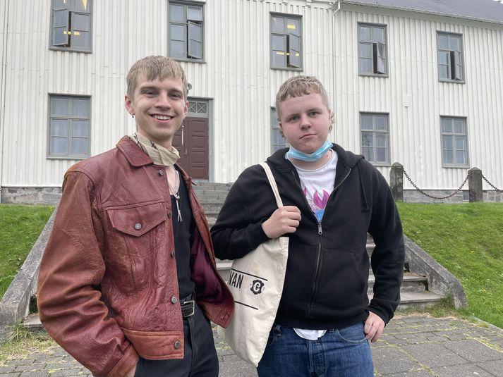 Agnar Már Másson, forseti Framtíðarinnar, og Jón Bjarni Snorrason, formaður Nemendafélags Borgarholtsskóla.
