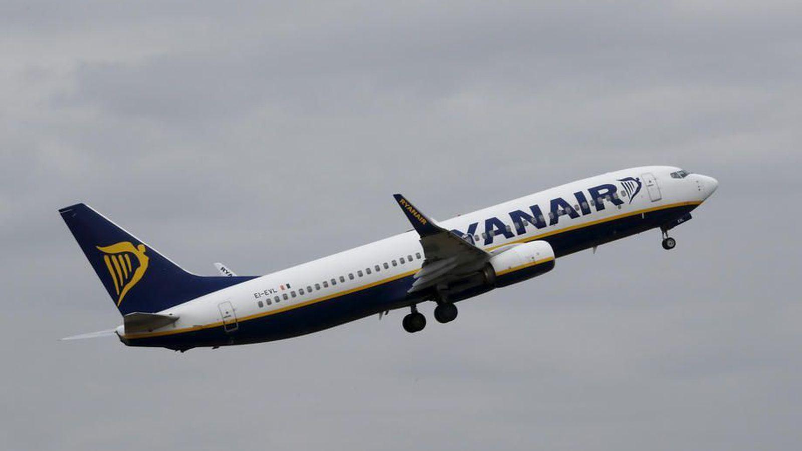 Vél Ryanair þurfti að nauðlenda á Grikklandi