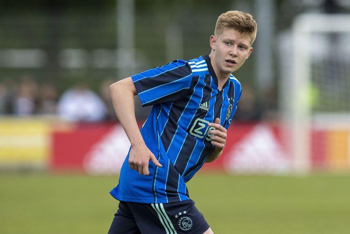 Kristian Nökkvi Hlynsson er farinn að banka á dyrnar í aðalliði Ajax.