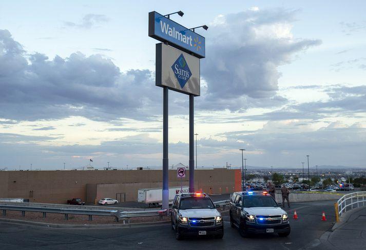 22 voru myrtir í skotárás í Walmart í El Paso í Texas.