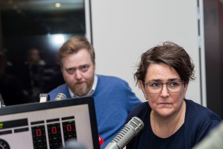 Sigmundur Davíð Gunnlaugsson og Anna Kolbrún Árnadóttir í stúdíói Bylgjunnar í gærmorgun.