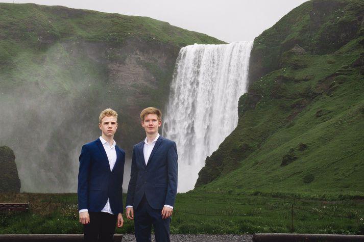 Einar Ingi Ingvarsson og Óli Þorbjörn Guðbjartsson, þáttastjórnendur hlaðvarpsins Tveir Fellar.