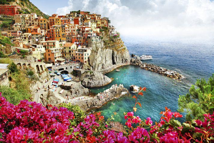 Falleg ströndin í Cinque Terre er ógleymanleg sjón.