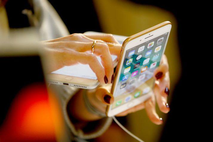 Nýjustu símar tæknirisans Apple, iPhone 8 og iPhone X, voru kynntir til sögunnar þann 12. september síðastliðinn.