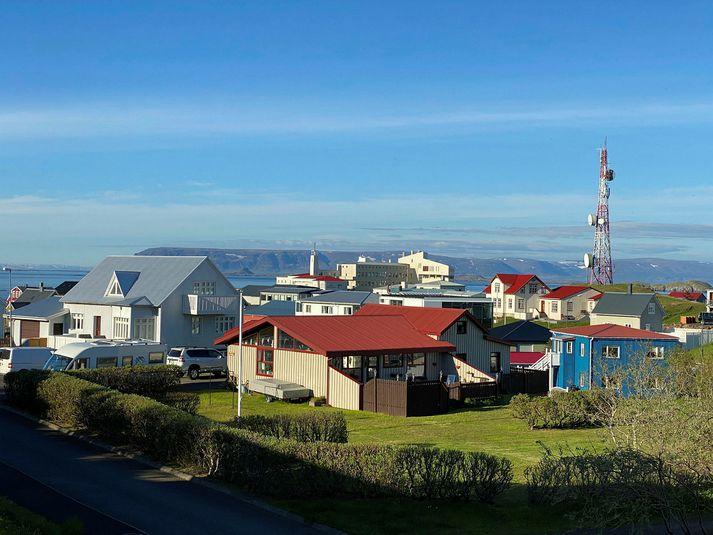 Hópsýking kom upp í Stykkishólmi og voru 40 bæjarbúar skimaðir í gær.