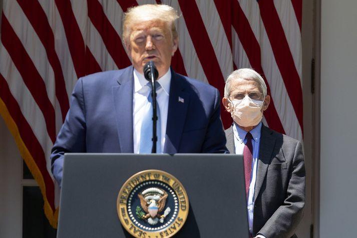 Donald Trump, Bandaríkjaforseti, og Anthony Fauci, sóttvarnalæknir.