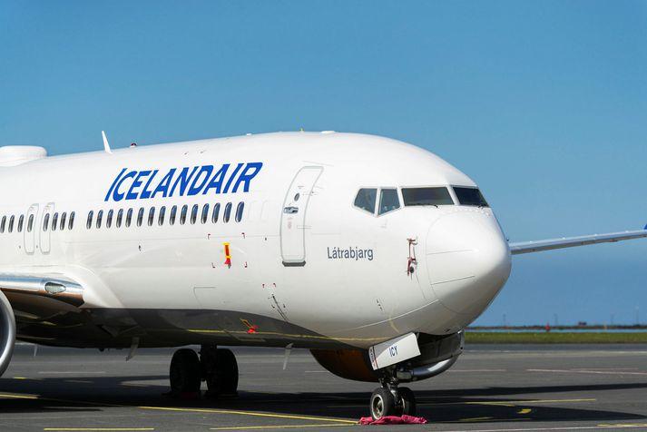 Látrabjarg er ein af Boeing MAX vélum Icelandair.
