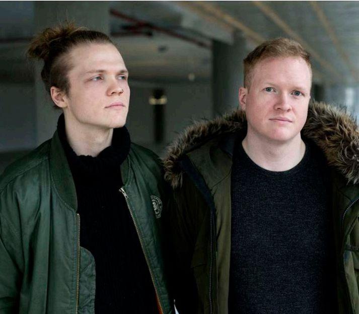 Bjarki og Egill Viðarssynir stofnuðu saman hljómsveitina Andy Svarthol fyrir þremur árum.