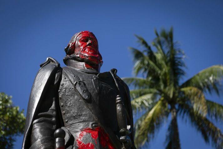 Stytta af spænska landkönnuðinum Juan Ponce De Leon í Bayfront Park í Miami í Bandaríkjunum.