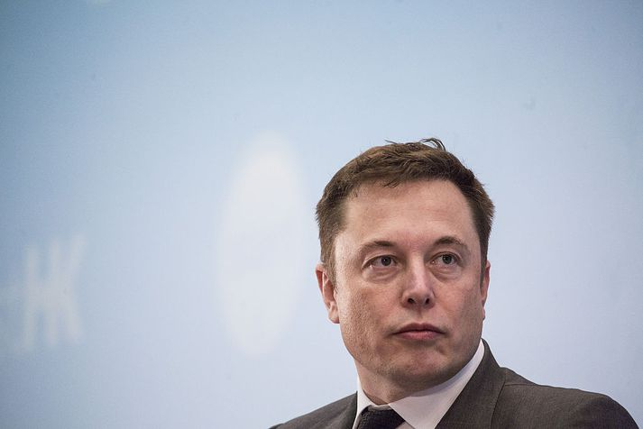 Musk hefur oft agnúast út í skortsölumenn. Tveir þeirra hafa nú stefnt honum fyrir að reyna að hafa áhrif á hlutabréfaverð með óeðlilegum hætti.