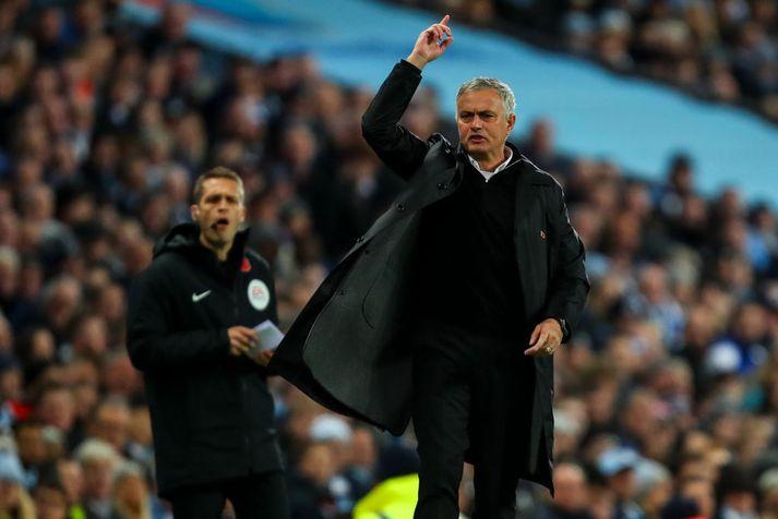 Mourinho virðist ekki mjög ánægður á hliðarlínunni hjá United