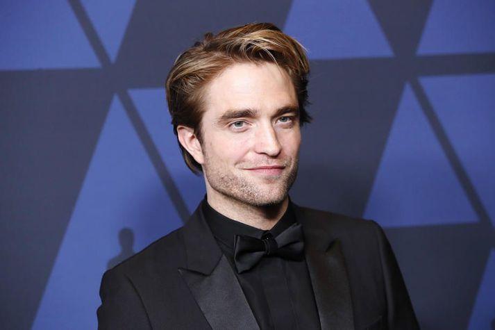 Gríma Leðurblökumannsins virðist ekki hafa varið Robert Pattinson fyrir kórónuveirusmiti.