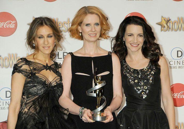 Sarah Jessica Parker, Cynthia Nixon og Kristin Davis snúa allar aftur.