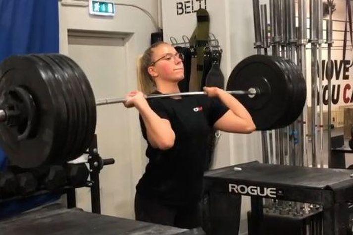 Birta Líf Þórarinsdóttir er mjög efnileg CrossFit kona.