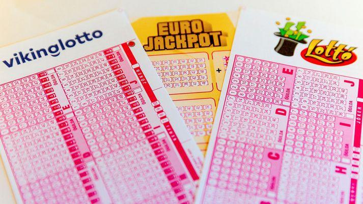 Vinningslíkurnar í lottó eru kannski ekki miklar. En oftast eru þær meiri ef fólk tekur þátt.