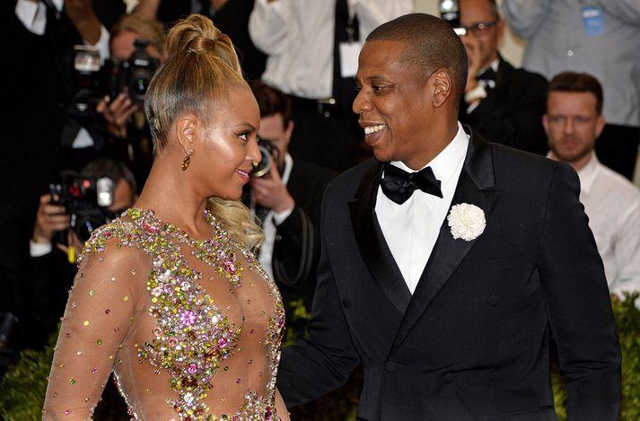 Beyoncé og Jay-Z hvetja aðdáendur sína til að draga úr neyslu á dýraafurðum.