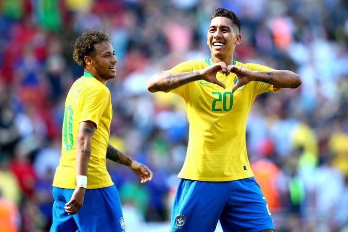 Neymar hefur litla trú á Roberto Firmino og félögum hans í Liverpool. Hér fagna þeir marki á Anfield í undirbúningsleik fyrir HM í sumar.
