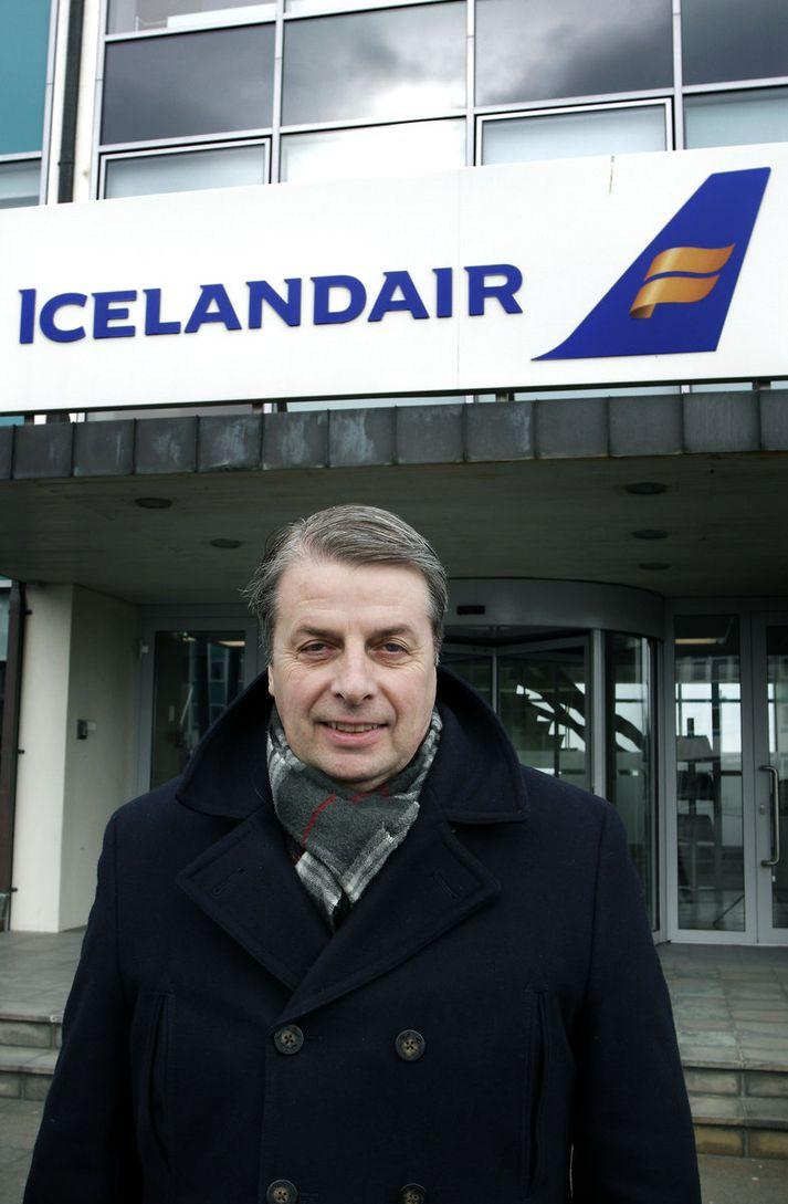 Úlfar Steindórsson.