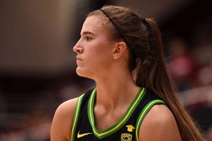 Sabrina Ionescu var góður vinur Kobe Bryant og fékk góð ráð frá honum.