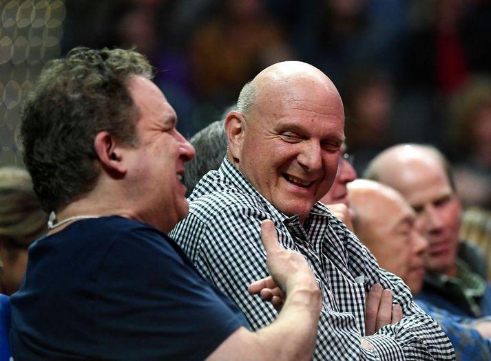 Steve Ballmer, eigandi LA Clippers, er hættur að kalla sig eiganda. Það getur því enginn móðgast út í hann.