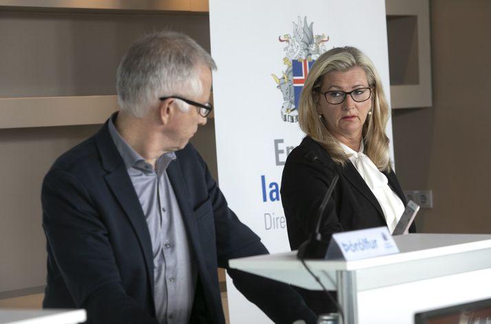 Þórólfur Guðnason epidemiolog i Alma MöllerDyrektor Medyczny ds. Zdrowia