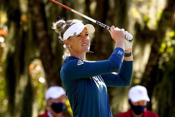 Amy Olson spilaði best allra á fyrsta degi Opna bandaríska meistaramótsins í golfi.
