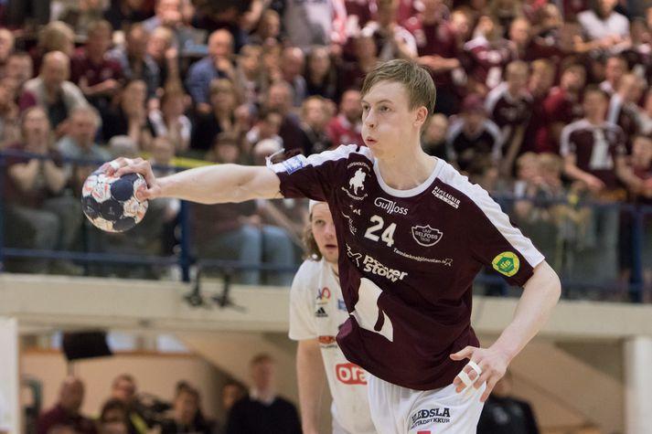 Einar Sverrisson skoraði átta mörk fyrir Selfyssinga í kvöld.